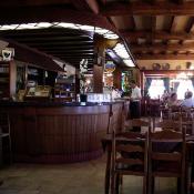 de toog van het oude café trappisten